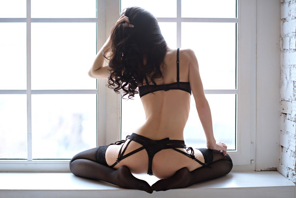 Jak obudzić pożądanie, czyli wybieramy bieliznę erotyczną